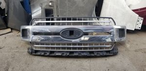 2018 - 2019 Ford F-150 Grill Oem for Sale in Los Angeles, CA