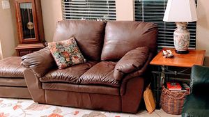 Leather maroon couch and love seat for Sale in Bonita Springs, FL