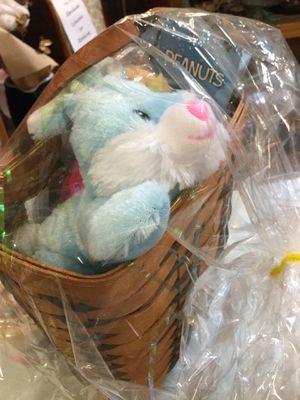 Vintage Longaberger signed basket – ready for Easter! for Sale in Avondale, AZ