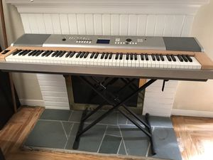 Yamaha middle weight keyboard Model YPG 625 for Sale in Castro Valley, CA