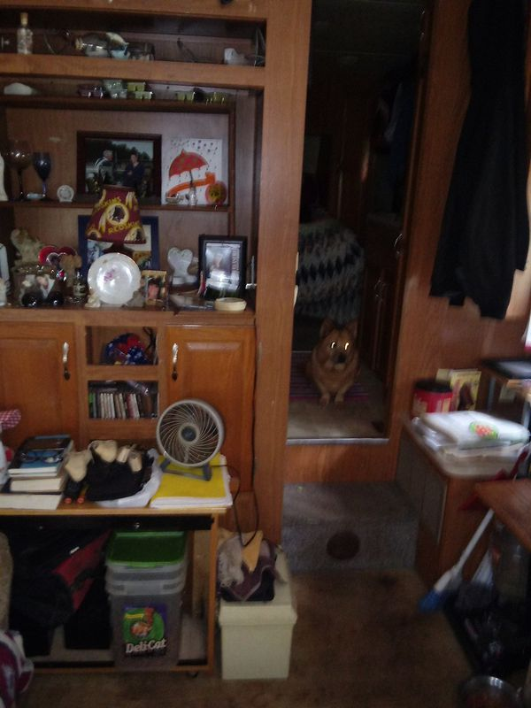 2004 Chaparral 5th wheel 26 ft camper