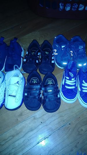 6 pairs of shoes toddler size 4 for Sale in Washington, DC