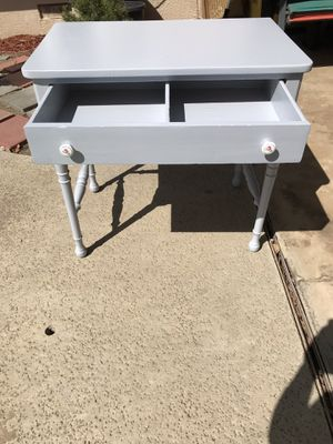 Vintage rustic chic desk or vanity with drawer /Porcelain nob with flower measurements: 30 inches wide/ 19 inches deep/ 28 inches high : refurbished for Sale in Fresno, CA