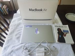 Macbook Air A1304 with Original Box and Charger. Charges, powers on, not working for Sale in San Antonio, TX