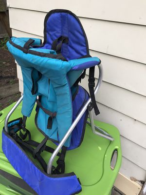 """Gerry baby carrier/backpack /chair(retail$129)""""Great Condition"""" for Sale in Cleveland, OH"""