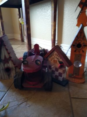Home Decor Group (Red tractor, 3 birdhouses) for Sale in Burleson, TX