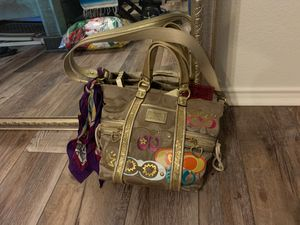 Coach tote bag authentic women gold purse for Sale in Fort Worth, TX