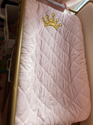 Boppy Princess collection changing table cover for Sale in Milton, MA