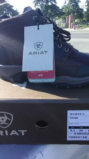 Ariat women's boots size 8 1/2 brand new never worn for Sale in Fresno, CA