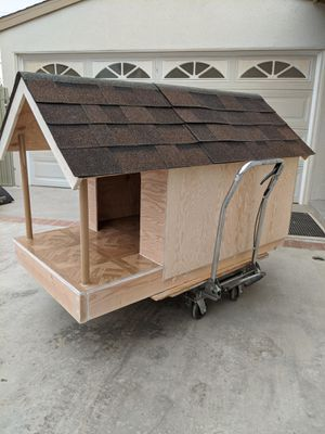 "Dog House ""1 AVAILABLE FOR PICKUP OR DELIVERY"" for Sale in West Covina, CA"