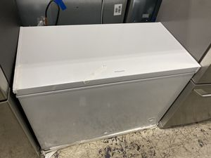 NEW FRIGIDAIRE FREEZER for Sale in Beverly Hills, CA