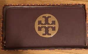 Authentic Tory Burch Wallet for Sale in Chicago, IL