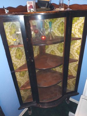 Antique China Cabinet for Sale in San Antonio, TX