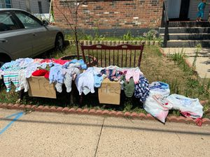 Free!!!!!!!! baby clothes sizes newborn to 0-3 m for Sale in Hartford, CT