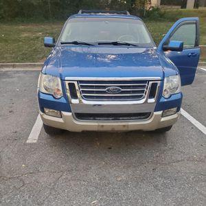 2010 Ford Explorer Eddie Bauer 4x4 for Sale in Gaithersburg, MD