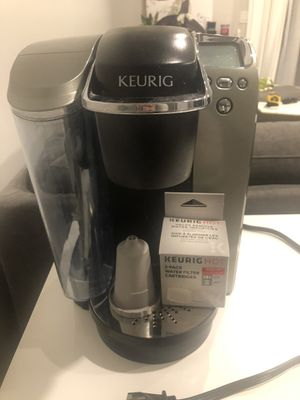 Keurig coffee maker for Sale in Palatine, IL