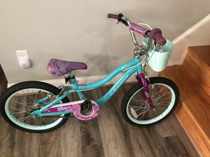 "Schwinn elm kid bike 18"" wheels for Sale in Woodbridge, VA"