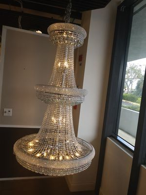 Beautiful crystal chandelier for Sale in Miramar, FL