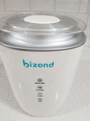 Bizond humidifier (white) for Sale in Queens, NY