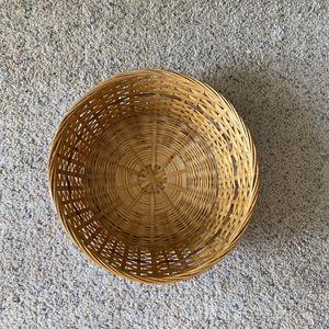 ‼️Multicolored Rattan / Wicker Basket‼️ for Sale in Edgar, WI