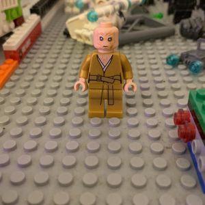 Lego Star Wars Supreme Leader Snoke for Sale in Norwalk, CT
