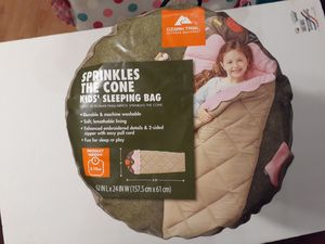 Ozark trail sprinkles the cone Sleeping bag for Sale in Waukegan, IL