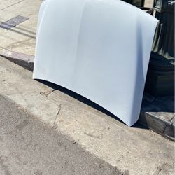 Chevy 2004 Hood for Sale in Los Angeles,  CA