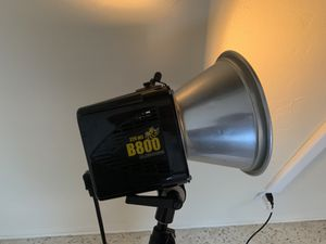 """AlienBee D800 - Flash Unit with 22"""" Beauty Dish for Sale in Coral Gables, FL"""