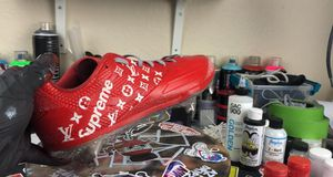 Custom supreme/Louis Vuitton baseball cleats for Sale in Milpitas, CA
