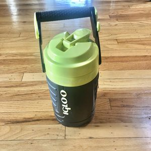 Igloo Proformance 1 Quart Sport Jug Water Beverage Travel Cooler Workout Gym for Sale in Milpitas, CA