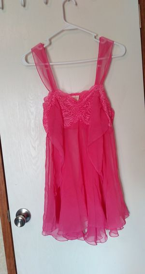 Sleeping lingerie for Sale in Dale, TX