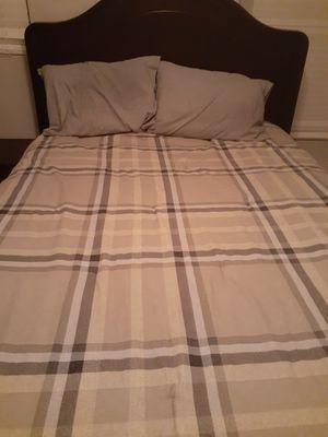 Queen bedroom suite for Sale in Charlotte, NC