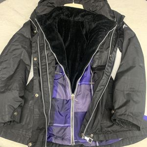 Zero Exposure Coats. Inner lighter weight coat detaches. Women's medium. for Sale in Mason, OH