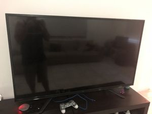 "4K TV 60"" inches (almost new ) one month old for Sale in Princeton, FL"