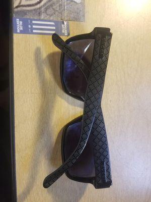 Gucci sunglasses for Sale in Los Angeles, CA