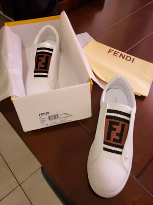 Fendi shoes for Sale in Carol City, FL