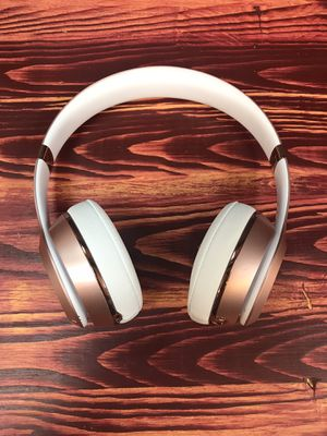 Beats Solo3 Wireless Headphones for Sale in Chicago, IL