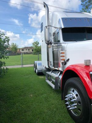 Frighliner classic 99 for Sale in Houston, TX