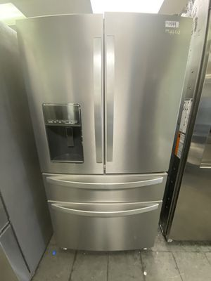Whirlpool 4 Door Stainless Steel for Sale in Canyon Lake, CA