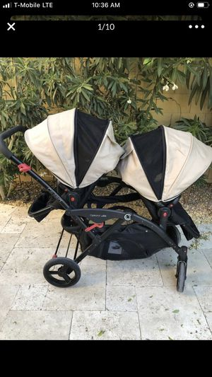 Double stroller for Sale in Peoria, AZ