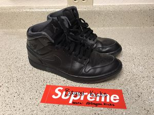 Men's size 10.5 Jordan 1 mid all black | Pre-owned for Sale in Houston, TX