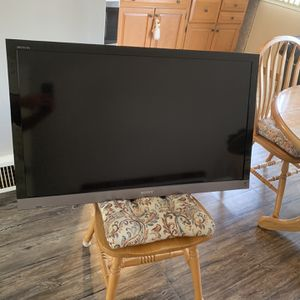 "Sony 40"" LCD Flatscreen TV for Sale in Philadelphia, PA"