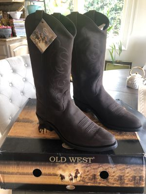 Never used, chocolate brown beautiful boots size 12 for Sale in Newport Beach, CA