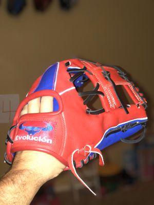 Baseball or Softball glove for Sale in Las Vegas, NV