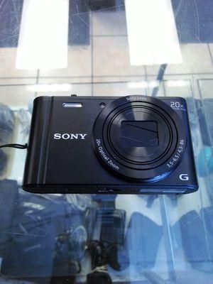 Sony cybershot dsc-wx300 camera for Sale in Miami, FL