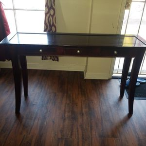 Brown Entry Table for Sale in La Mirada, CA
