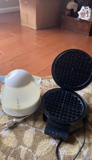 Electric kettle and waffle maker for Sale in Woodbridge, VA