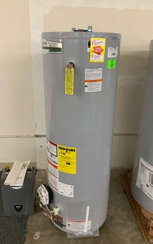 40 gallon AO Smith water heater with warranty 7MZ for Sale in Redondo Beach, CA