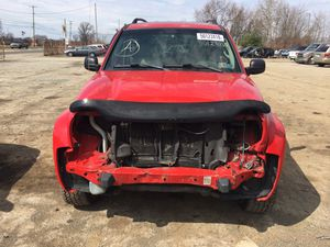 Parting out 2004 Jeep Liberty 4x4 for Sale in New Castle, PA