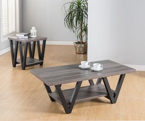 2 PC Coffee Table and End Table Set , Distressed Gray & Black for Sale in Downey, CA